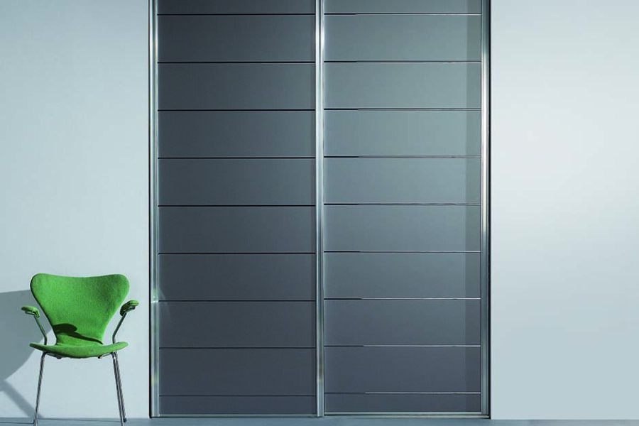 facades coulissantes verre laqué gris
